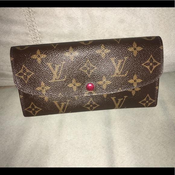 4a73f4bfd85a Louis Vuitton Handbags - 🔥firm🔥💯 authentic LV Emilie wallet